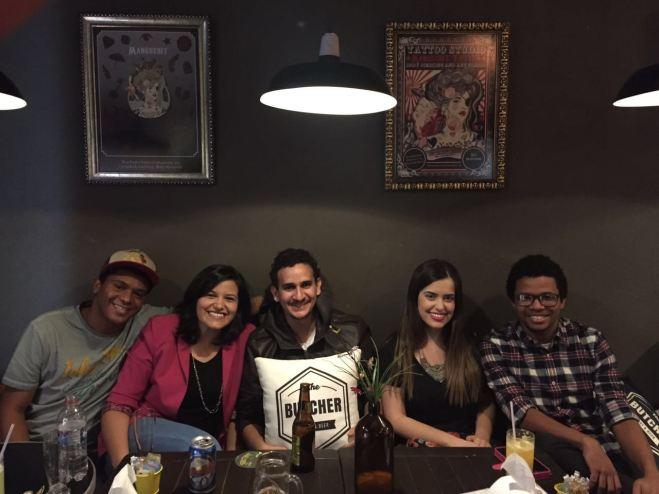 Da esquerda para a direita: Josué, Luiza, Daniel, eu e André