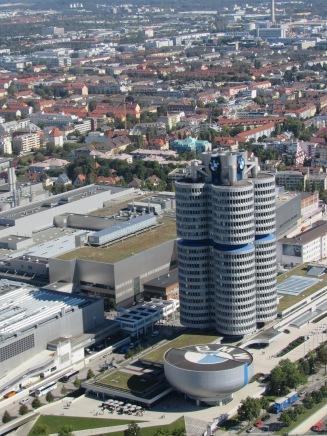 Complexo BMW (Crédito: Luiza Maciel)