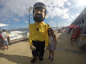Boneco da Catamaran Tours