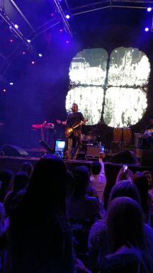 Show do Tuca Fernandes no palco principal